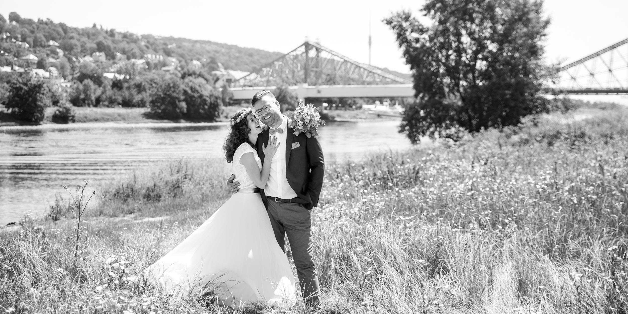Brautpaar Blaues Wunder Blasewitz Elbe Hochzeitsfotos Hochzeitsfotograf Dresden Pirna Laloriel 2019